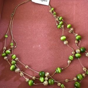 Jewelry - New! Green & Gold Beaded Tiered Necklace
